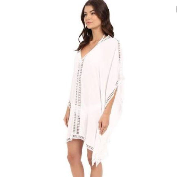 4efe1a8ce7 Tommy Bahama Lace Trim Tunic Swim Cover-Up. M 5b55048dbb76151ee305d74b